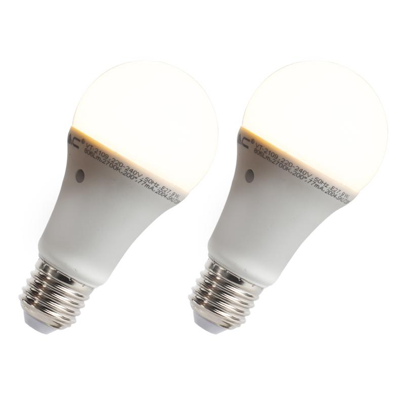 Set van 2 LED lampen met ingebouwde licht-donker sensor E27 9W 806 lumen warm wit 2700K | V-Tac | 3800157623759